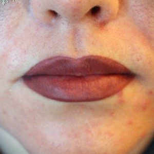 татуаж губ полное покрытие